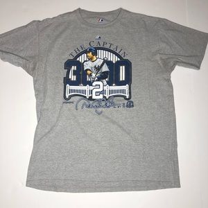Derek Jeter Captain New York Yankees Shirt Large